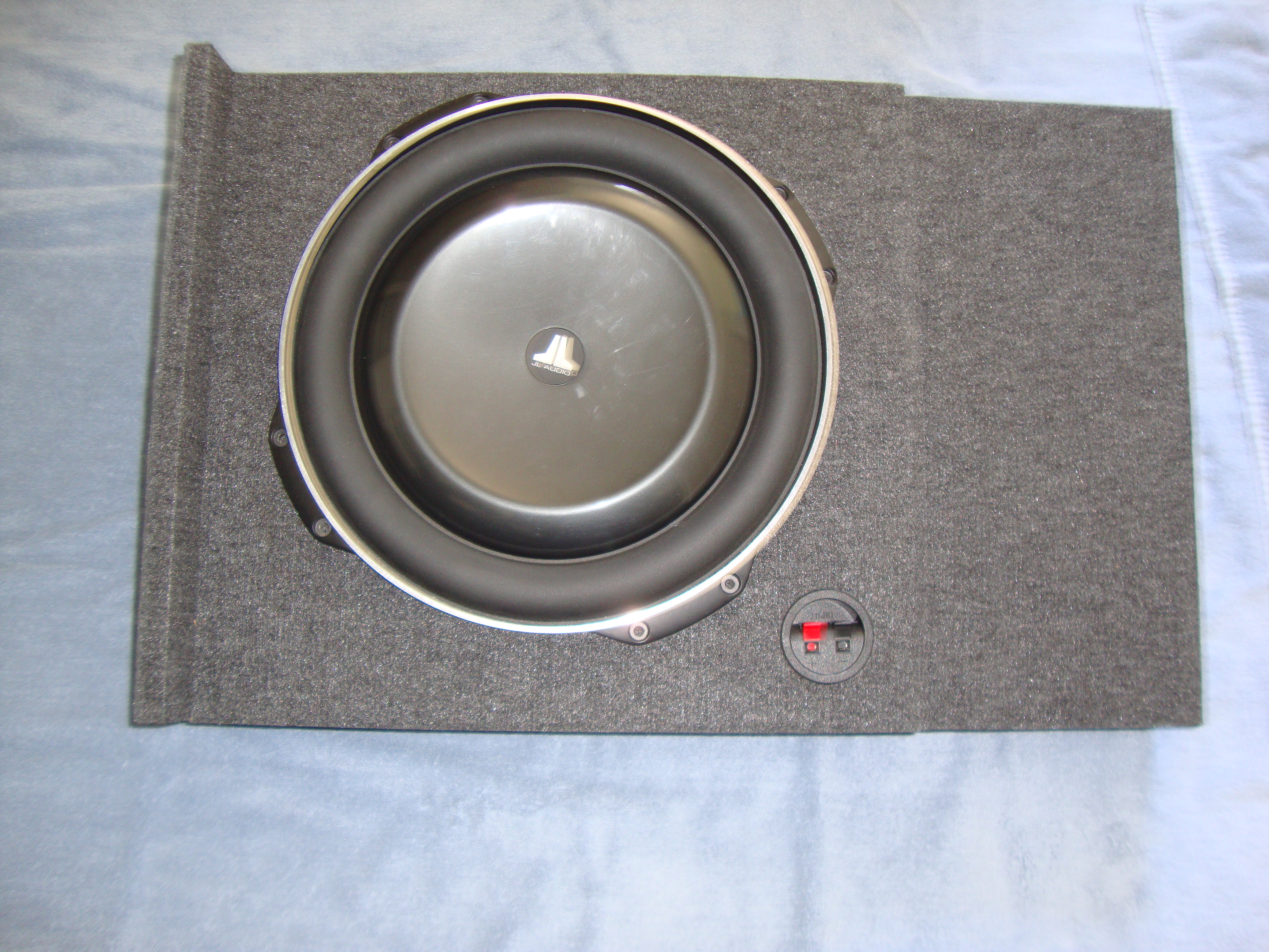 Chevy silverado gmc sierra crew cab 07 13 single jl audio tw5 13 subwoofer box